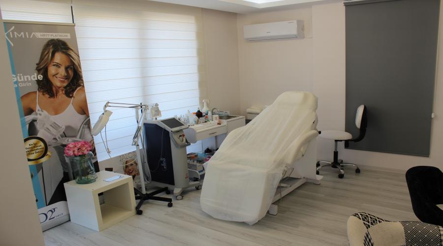 BA EST Clinic